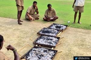 India vs England: Groundsmen use barbecue trays to dry Chennai pitch