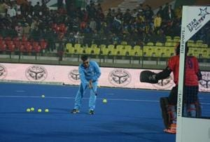 Hockey goalkeepers should take inspiration from MS Dhoni's style: Romeo James