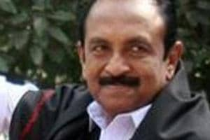 MDMK leader Vaiko was attacked by DMK cadres outside Kauvery hospital in Chennai.