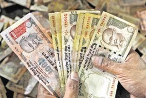The Reserve Bank of India says old banknotes in excess of Rs 5000 into a bank account will be received for credit only once till December 30.