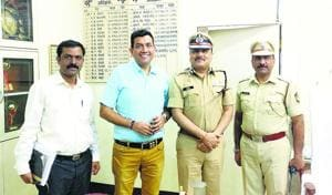 Chef Sanjeev Kapoor with IGP (Prisons) Rajvardhan Sinha and IPS and jail superintendent Harshad Ahirrao.