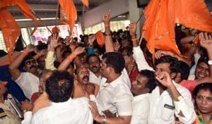 BJP, Shiv Sena workers spar at opening of Ram Mandir station