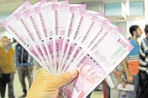 Rs 2,000 note stopgap arrangement, says the man behind PM's note ban idea..