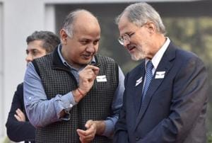 Sisodia meets Jung, says L-G had been thinking of resigning