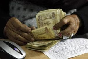 Indians travelling abroad may get more time to deposit old banknotes