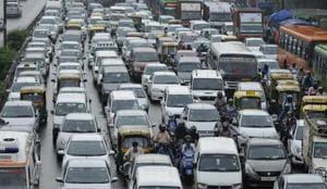 Poor public transport behind Delhi vehicle boom, say experts