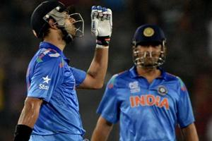 Yuvraj Singh's dad Yograj Singh trolled for Mahendra Singh Dhoni hate comments