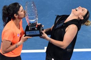 Sania Mirza wins Brisbane International title, loses No.1 doubles ranking