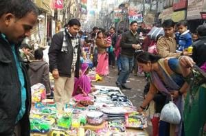 Two months after note ban, business severely affected at weekly markets in Delhi