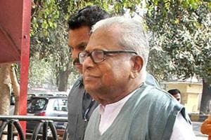 VS Achuthanandan gets away with censure for flouting party discipline