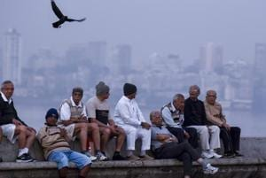 Mumbai feels the chill as temperature dips