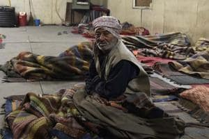 As cold wave grips Delhi, homeless wish they could get warm water at night shelters