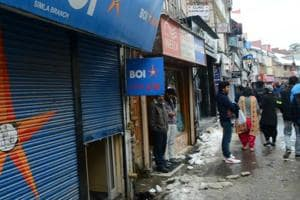 After blackouts, dry ATMs add to woes of residents, tourists in Shimla