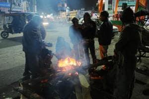 Cold wave kills three in Jharkhand