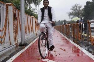 Akhilesh rides on the cycle as ElectionCommission grants 'cycle symbol' to him.