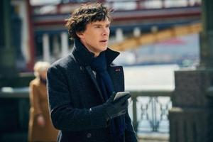 Sherlock producers urge fans not to share leaked episode