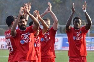 Aizawl FC beat Shillong Lajong FC 2-1 to go top in I-League