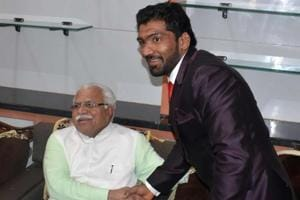 Haryana CM Khattar grants Rs 10 crore to Yogeshwar Dutt's village
