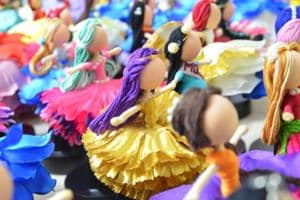 Delhi gets dolled up: Hand-crafted customised figurines for every...