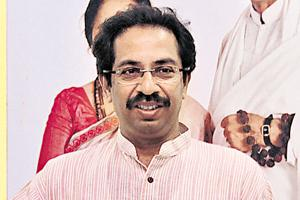 Shiv Sena gears up to guard its citadel