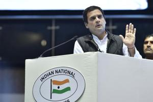 'Daro mat', tweets Rahul after BJP moves EC against him