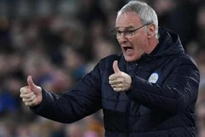 Claudio Ranieri wants his old club Chelsea FC to clinch Premier League...