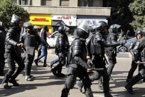 Gunmen open fire at checkpoint in southwest Egypt, kill 8...