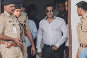 Salman Khan acquitted, fans celebrate