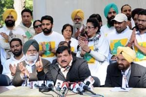 Sukhbir Badal insulting NRIs by branding them as terrorists: AAP