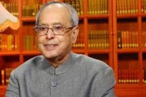 President Mukherjee caught in traffic jam in Kolkata
