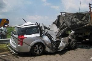 Gujarat: Car accident on NH-8, six killed including two NRIs