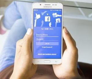 1 in 5 adults snoop on the FB accounts of their partners, family or...