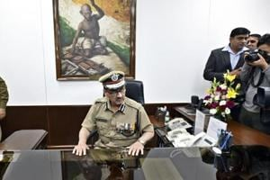 SC refuses to interfere in appointment of Delhi Police chief Alok ...
