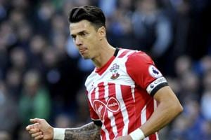 Premier League: West Ham United land Jose Fonte, Stoke City sign Saido...