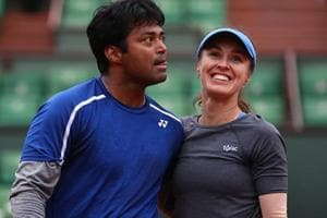 Australian Open: Sania Mirza-Strycova crash out, Leander Paes-Hingis...