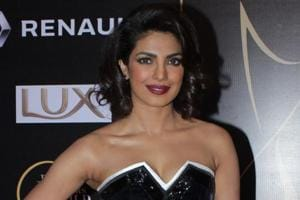 I didn't say male stars don't have guts to try for Hollywood: Priyanka...