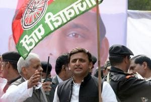 Samajwadi Party, Congress announce alliance for 2017 Uttar Pradesh elections