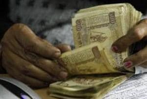 Govt begins analysing cash deposits 10 days before date to submit junk...