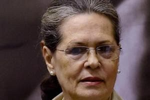 UP elections: Sonia steps in to revive flagging SP-Congress alliance...