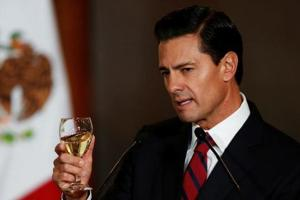 Mexico's president to meet with Donald Trump amid populist pressure at...