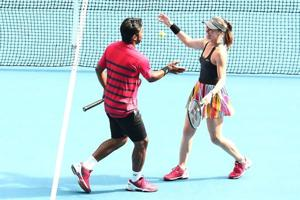 Leander Paes, Martina Hingis cruise into Australian Open mixed doubles...