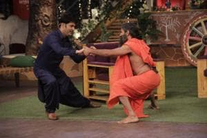 The Kapil Sharma Show: Watch Baba Ramdev imitate a juicer-mixer
