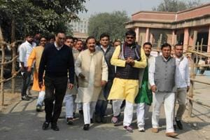 Greater Noida: Rahul's Bhatta Parsaul aide files nomination on BJP...