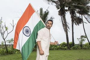 Akshay proposes website to help martyred soldiers' family as tribute...