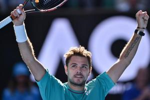 Stan Wawrinka into Australian Open semis after bad-tempered win over...