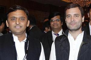 Uttar Pradesh chief minister Akhilesh Yadav along with Congress vice president Rahul Gandhi at the Hindustan Times Leadership Summit, in this file photo from 2015.