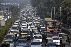 Delhi govt forms six task forces to decongest roads, ease traffic jams