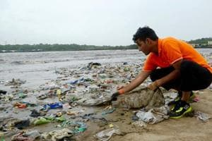 This lawyer spearheaded the world's biggest beach clean-up at Versova
