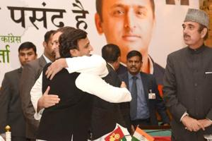 Akhilesh, Rahul open SP-Congress campaign 'to defeat fascist forces'