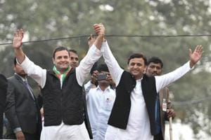 Congress vice-president Rahul Gandhi and Uttar Pradesh chief Minister and Samajwadi Party president Akhilesh Yadav during a road show, Lucknow, January 29